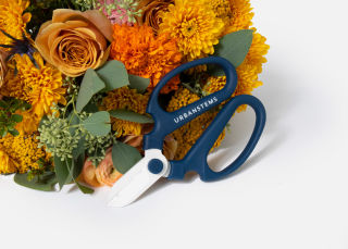 UrbanStems Floral Shears image number 2